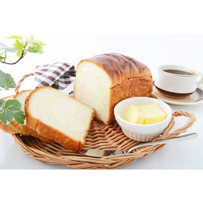 basket of bread and butter